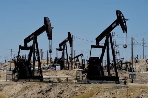 Le pétrole au plus bas en presque 20 ans, chute de 24 % à New York